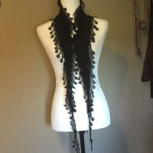 """💕 Black scarf with lace, size 7""""X 66"""""""